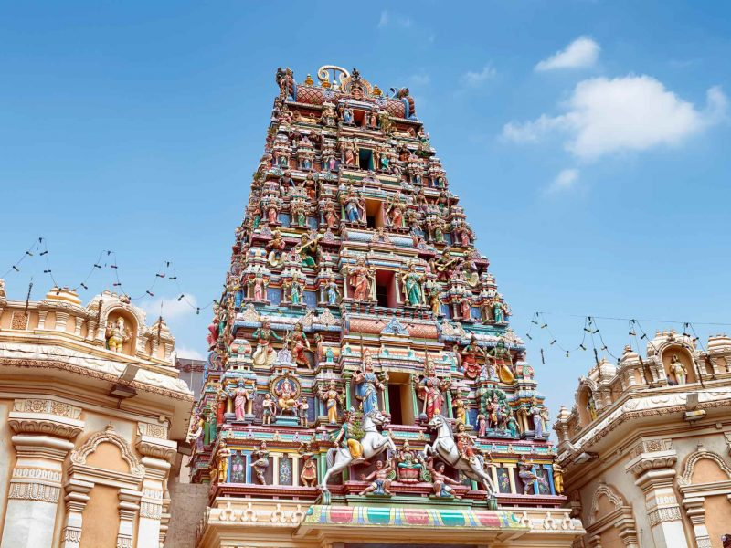 https://aceshotels.com/wp-content/uploads/2020/03/religious-sites-kualalumpur-1-800x600.jpg